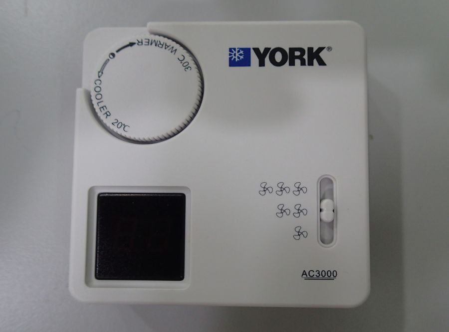 L001320 * Thermostat AC3000
