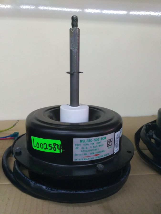 L002584 × Motor MSL25C-502 70W (3.5UF/440V)
